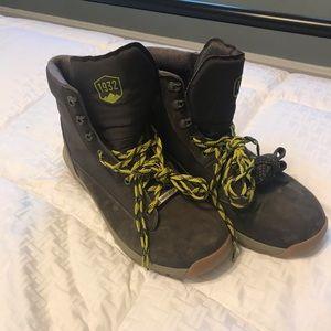 Dannie boots